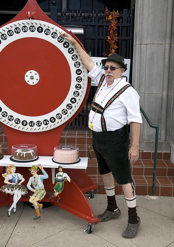 Cake Wheel German Pastries